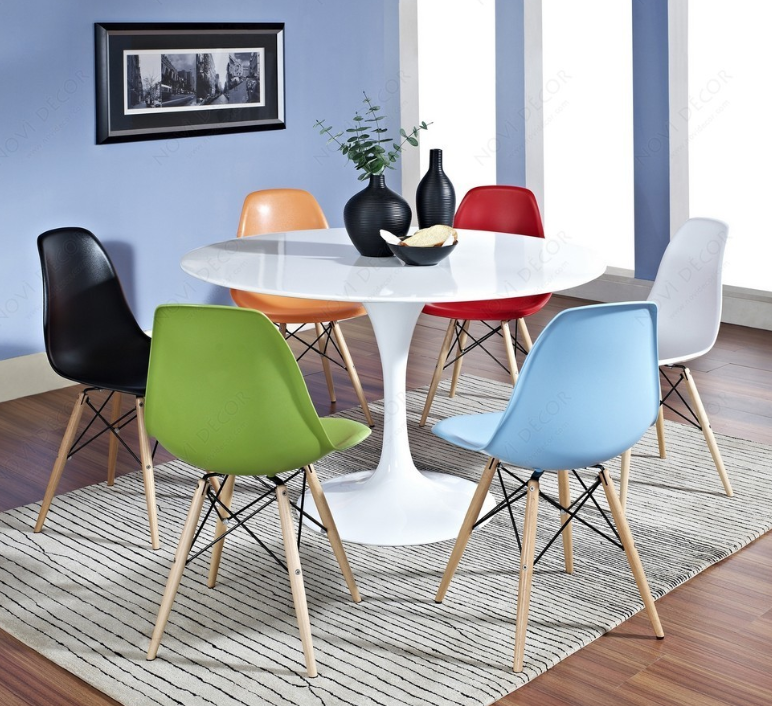 chaises Eames DSW