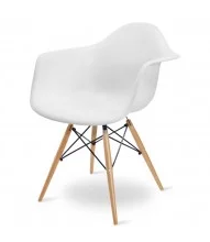 chaise Eames blanche