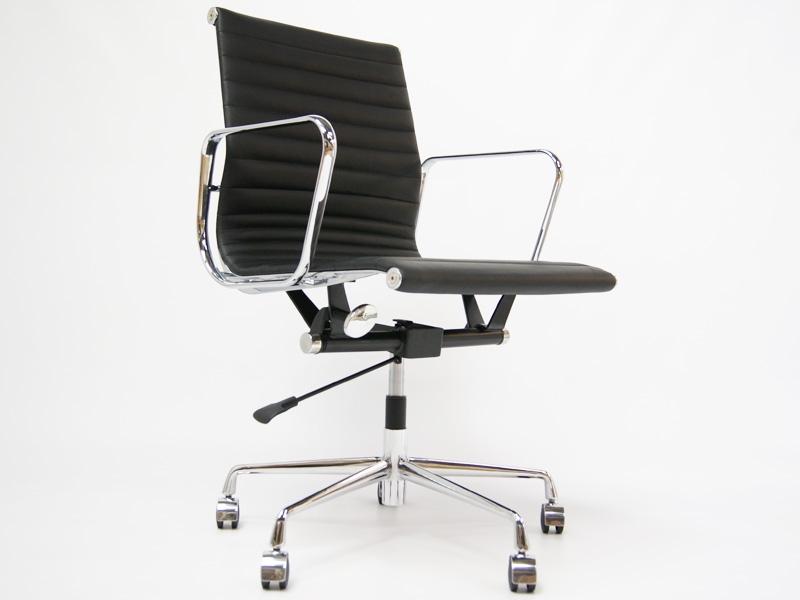 chaise de bureau eames alu ea117 couleur noir. Black Bedroom Furniture Sets. Home Design Ideas