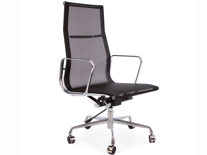 Chaise de bureau eames the vitra ea 108 aluminium chair for Chaise de bureau noire