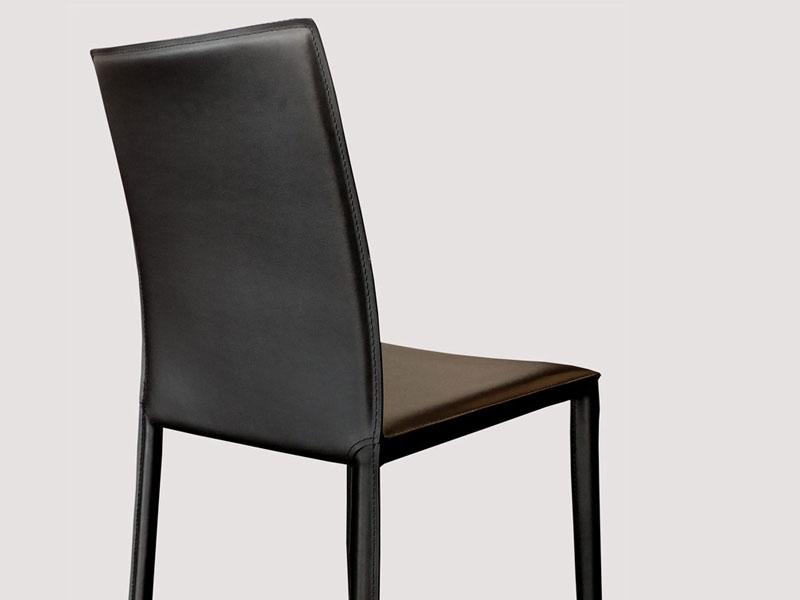 Chaise en cuir costa noir for Chaise cuir noir