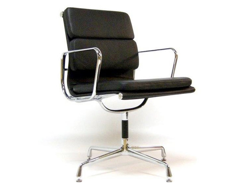 chaise de bureau eames chaise de bureau eames the vitra ea 108 aluminium chair chaise bureau. Black Bedroom Furniture Sets. Home Design Ideas