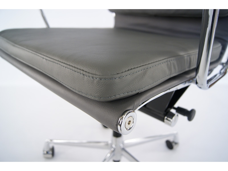 Image de l'article Eames Soft Pad EA217 - Gris