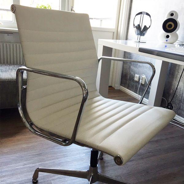 Image of the item Sedia Eames Alu EA117 - Bianco