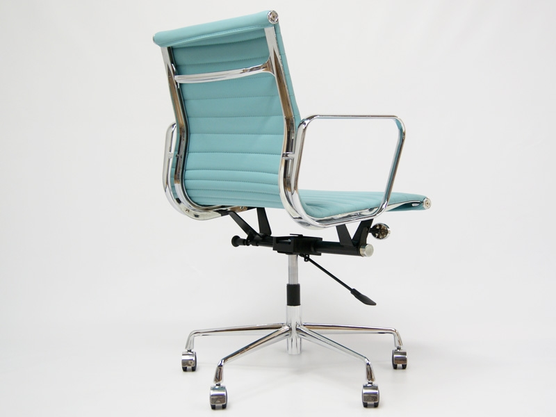 Image of the item Sedia Eames Alu EA117 - Blu cielo