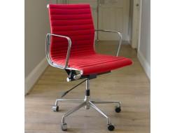 Image de l'article Chaise Eames Alu EA117 - Rouge