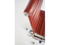 Image de l'article Chaise Eames Alu EA117 - Rouge foncé