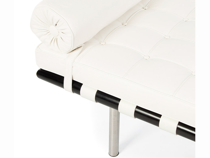 Image of the design chair Barcelona day-bed 195 cm - White