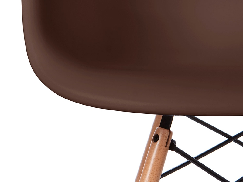 Image of the design chair DAW Eames chair - Coffee