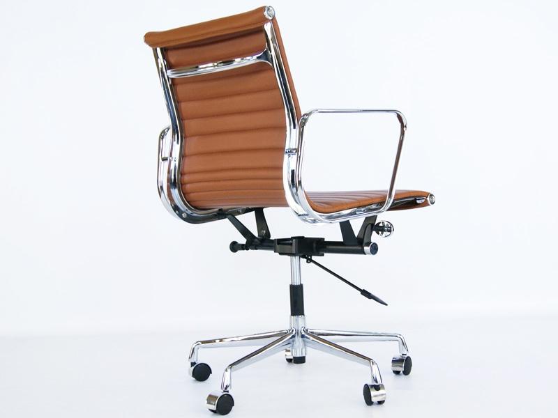 Eames chair alu ea117 caramel for Eames alu chair nachbau