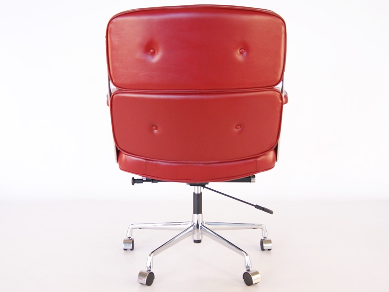 Image of the design chair Eames Lobby ES104 - Dark red