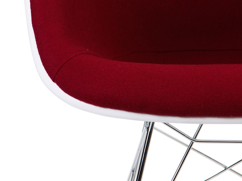 Image of the design chair EAMES RAR Wool Padded Red