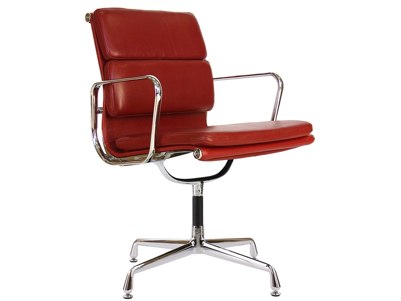 Image of the design chair Eames Soft Pad EA208 - Dark red
