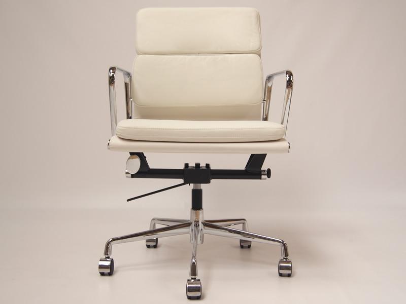 Eames Soft Pad EA217 Ivory White