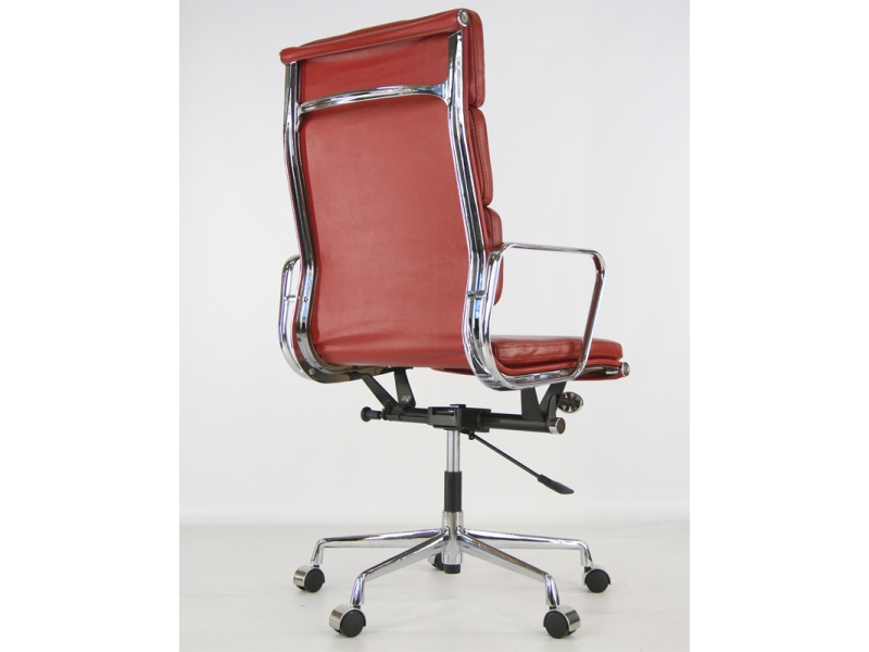 Image of the design chair Eames Soft Pad EA219 - Dark red