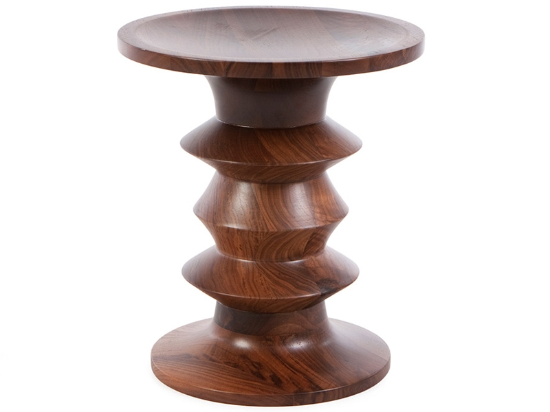 Image of the design chair Eames Walnut Stool - Version A