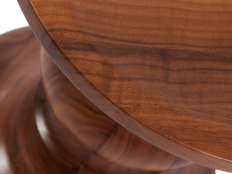 Image of the design chair Eames Walnut Stool - Version B