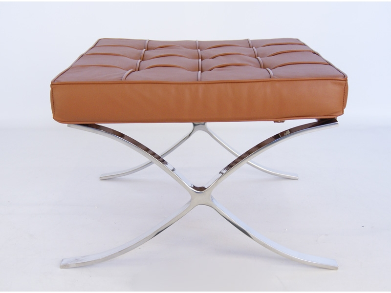 Image of the design chair Ottoman Barcelona - Caramel