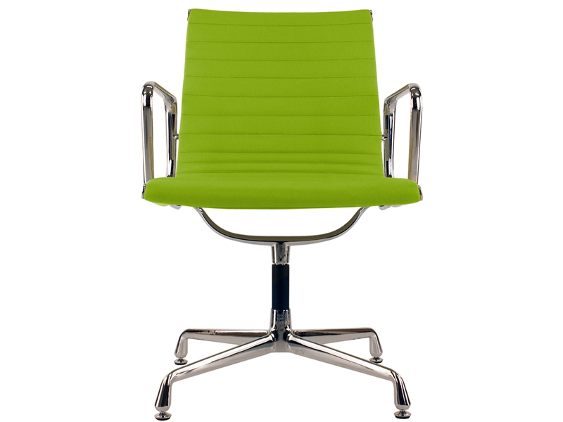 Image of the design chair Visitor chair EA108 - Apple green