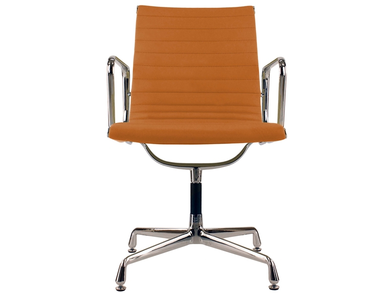 Image of the design chair Visitor chair EA108 - Havana