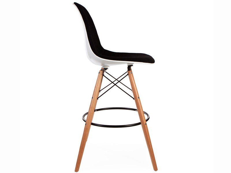 Image of the design chair Wool padded DSB bar chair - Black
