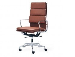 Image of the design chair Eames Soft Pad EA219 - Cognac