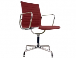 Image of the design chair Visitor chair EA108 - Dark red