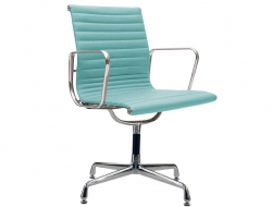 Image of the design chair Visitor chair EA108 - Sky blue
