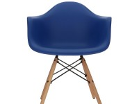 Image of the design chair COSY wooden Eames chair - Dark blue