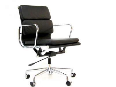Image of the design chair Eames Soft Pad EA217 - Black