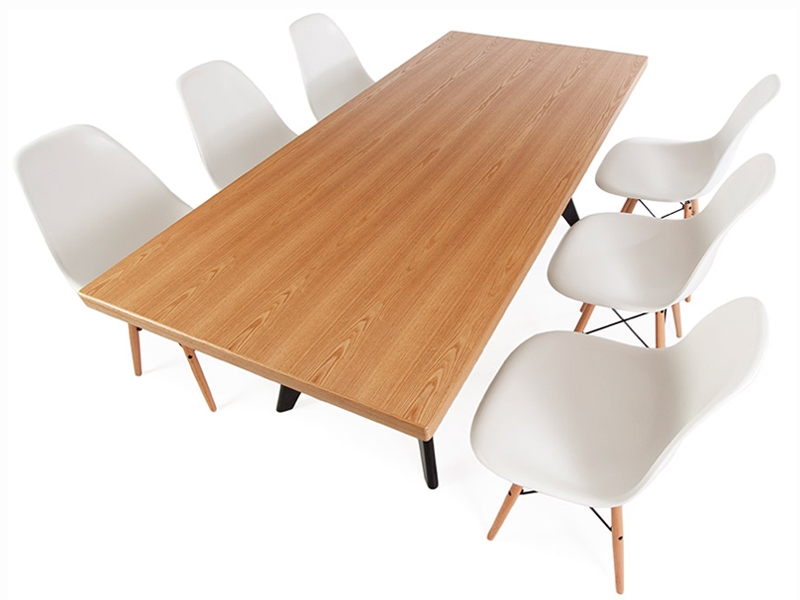 Image of the design furniture Prouvé table and 6 chairs
