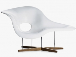 Image of the design lounge Eames La Chaise - White