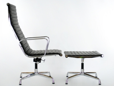 Image of the design lounge Lounge Chair EA124 - Black