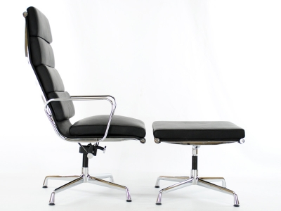 Image of the design lounge Lounge Chair EA222 - Black