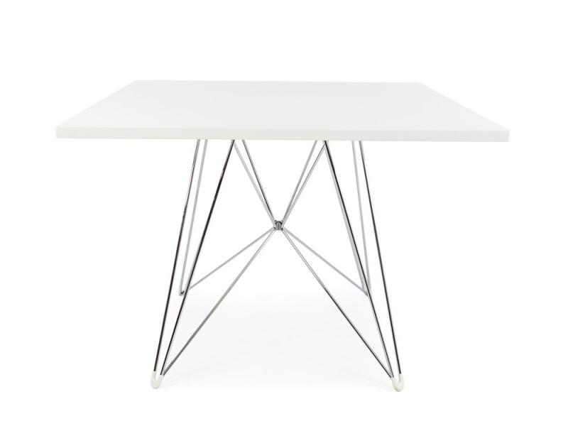 quadratischen tisch eiffel mit 4 st hlen. Black Bedroom Furniture Sets. Home Design Ideas