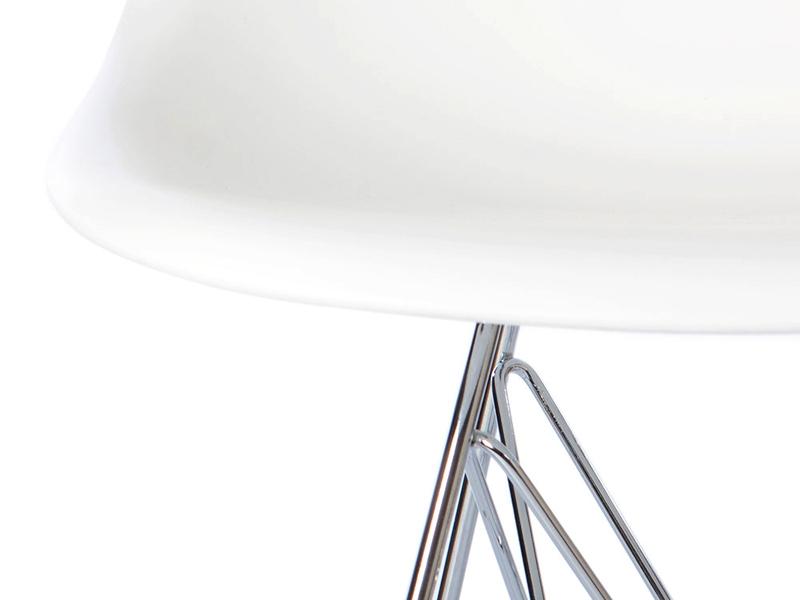 bild designer m bel quadratischen tisch eiffel mit 4 st hlen. Black Bedroom Furniture Sets. Home Design Ideas