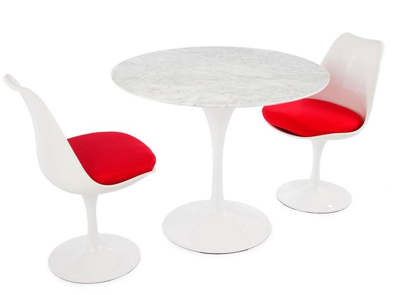 tulip tisch saarinen mit 2 st hlen. Black Bedroom Furniture Sets. Home Design Ideas