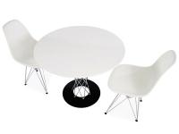 Bild Designer-Möbel Tisch Cyclone Noguchi und 2 Stühlen