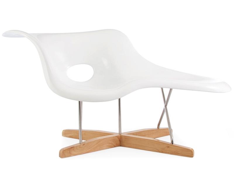 eames la chaise wei. Black Bedroom Furniture Sets. Home Design Ideas