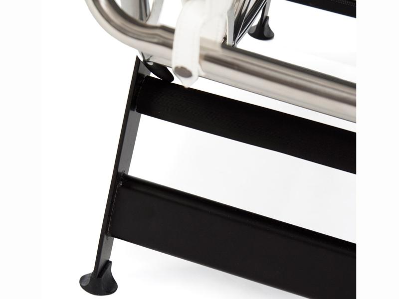 Bild von Stuhl-Design LC4 Liege - Weiß
