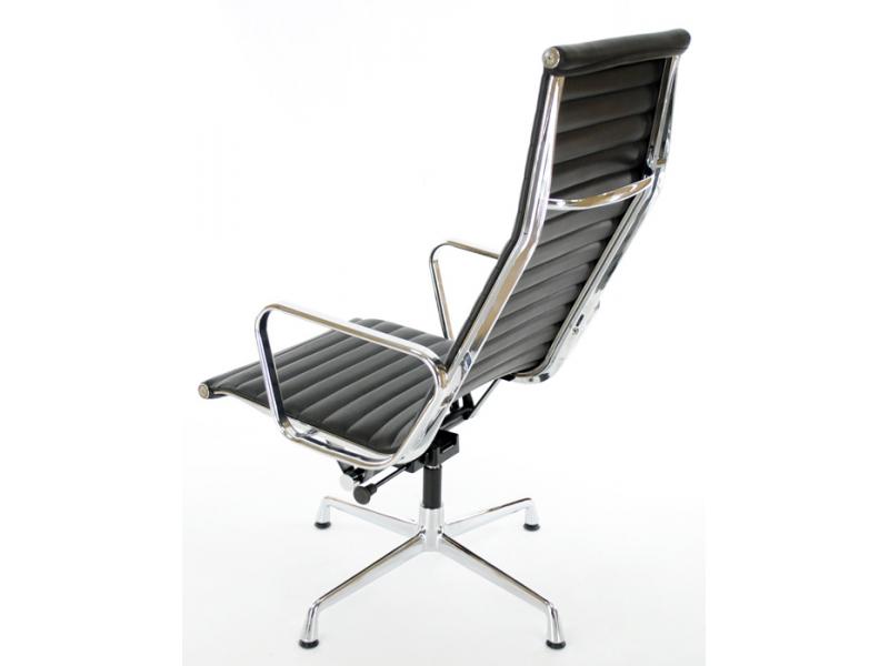Lounge stuhl ea124 schwarz for Design stuhl schwarz