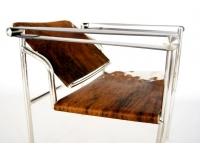 Bild von Stuhl-Design LC1 Stuhl Le Corbusier - Pony Braun