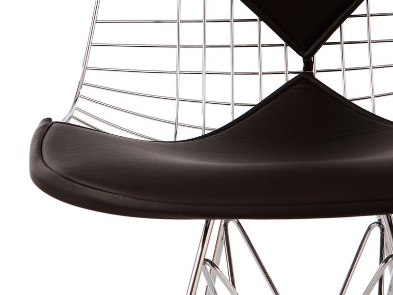 eames bikini stuhl schwarz. Black Bedroom Furniture Sets. Home Design Ideas