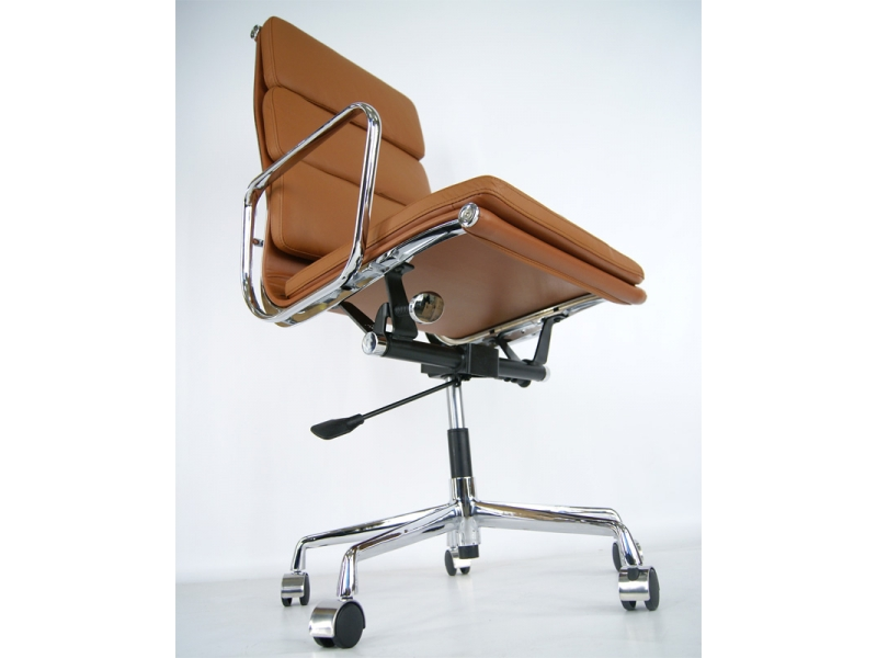 Bild von Stuhl-Design Eames Soft Pad EA219 - Karamell