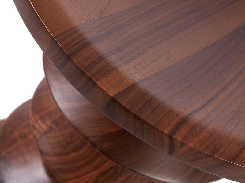 Bild von Stuhl-Design Hocker Eames Nussbaum -Version A