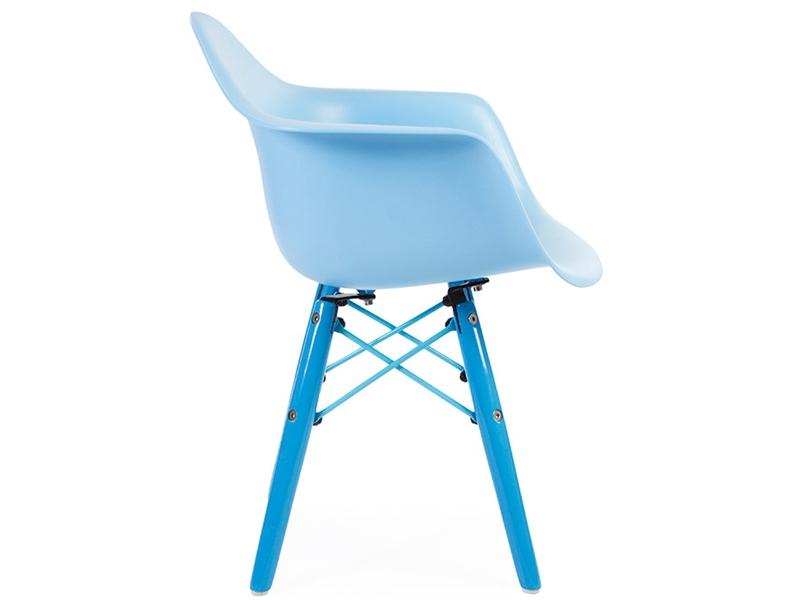kinder stuhl eames daw color blau. Black Bedroom Furniture Sets. Home Design Ideas