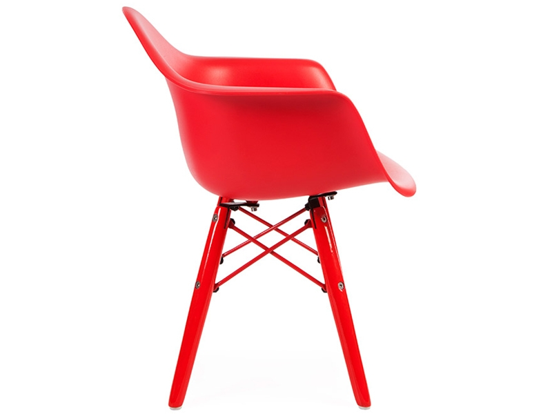 Kinder stuhl eames daw color rot for Design stuhl rot