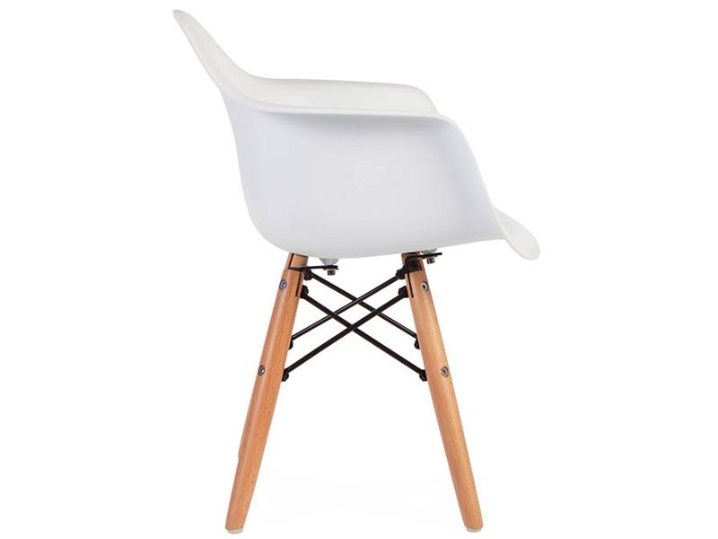 kinder stuhl eames daw wei. Black Bedroom Furniture Sets. Home Design Ideas