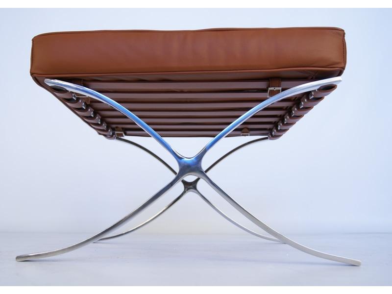 Bild von Stuhl-Design Ottoman Barcelona - Karamell