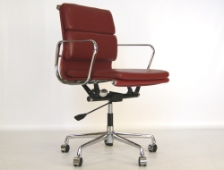 Bild von Stuhl-Design Eames Soft Pad EA217 - Dunkelrot